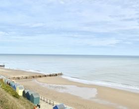 Mundesey Beach